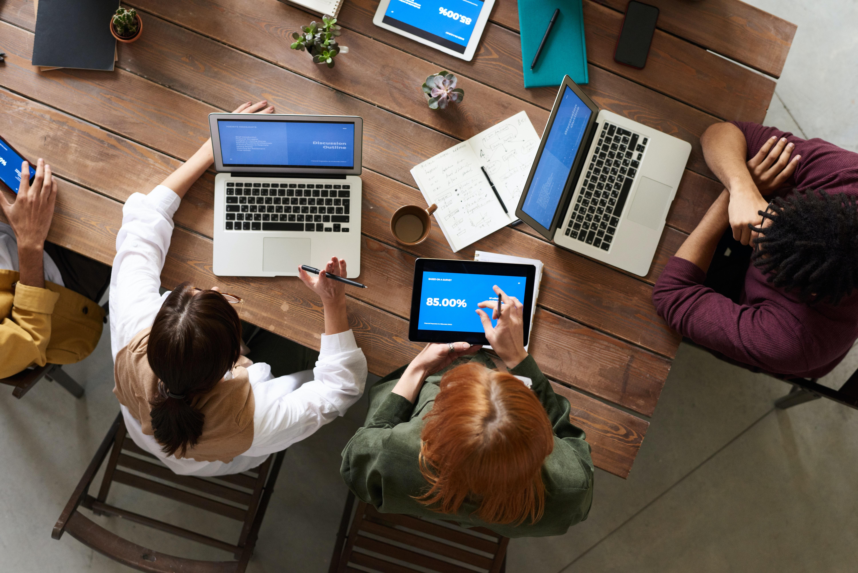 时间管理:与同事设定界限的3个策略