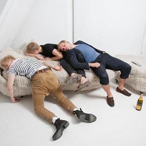 醉酒后五种睡姿很危险